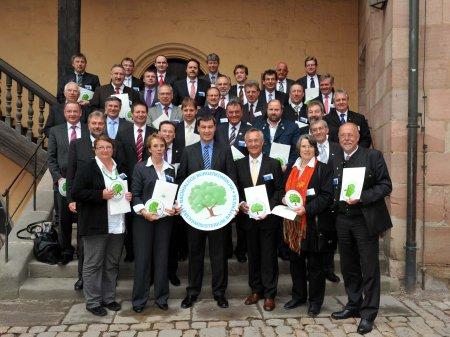 Gruppenfoto Preisverleihung mit Umweltminister Söder